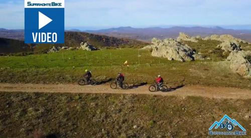 Video: Supramonte Bike, MTB itinerary Punta Mandra e Caia, Orgosolo - Sardinia