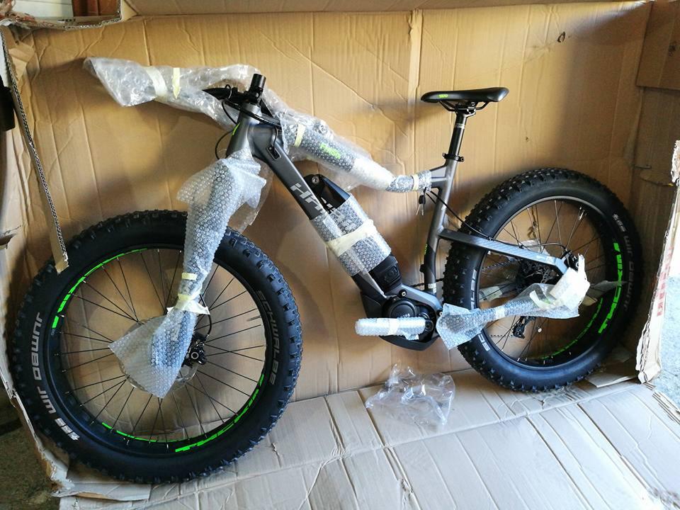 New E-bikes in Supramonte Bikes Garage